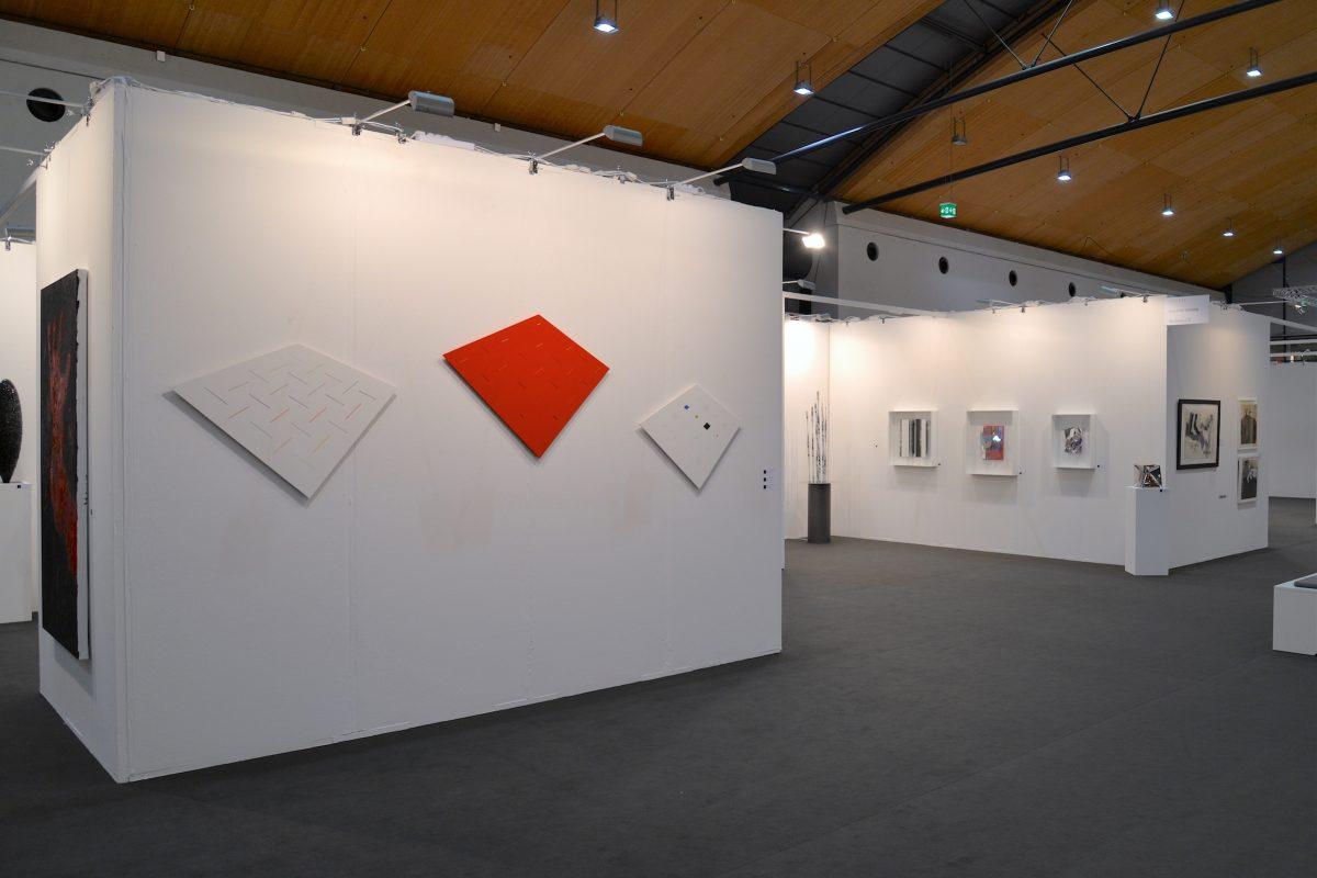 Messepräsentation der Galerie Geiger auf der art Karlsruhe 2018 (mit Werken von Armando, Hans Jörg Glattfelder, Heinz Mack, Christian Megert und Ewerdt Hilgemann)